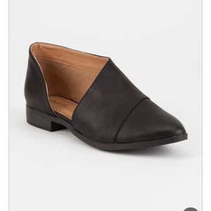 [Qupid] Open Side Pointy Toe Bootie